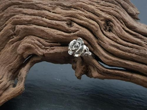 Roos ring<br/><br/>◦◊◦<br/><br/>€ 50,-
