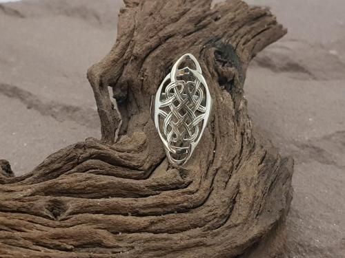 Keltische ring<br/><br/>◦◊◦<br/><br/>€ 57,50